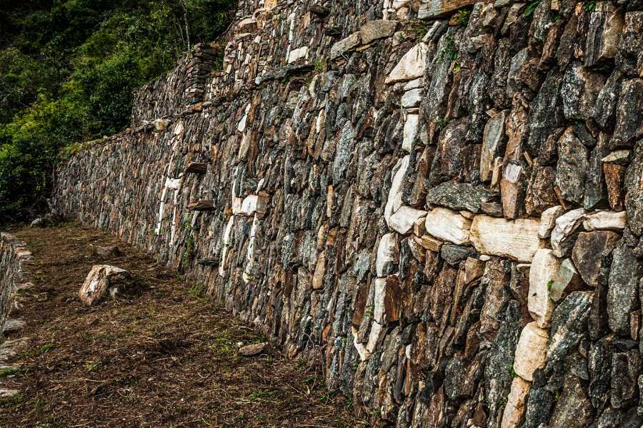 mystic lands peru CHOQUEQUIRAO TREK 4D/3N