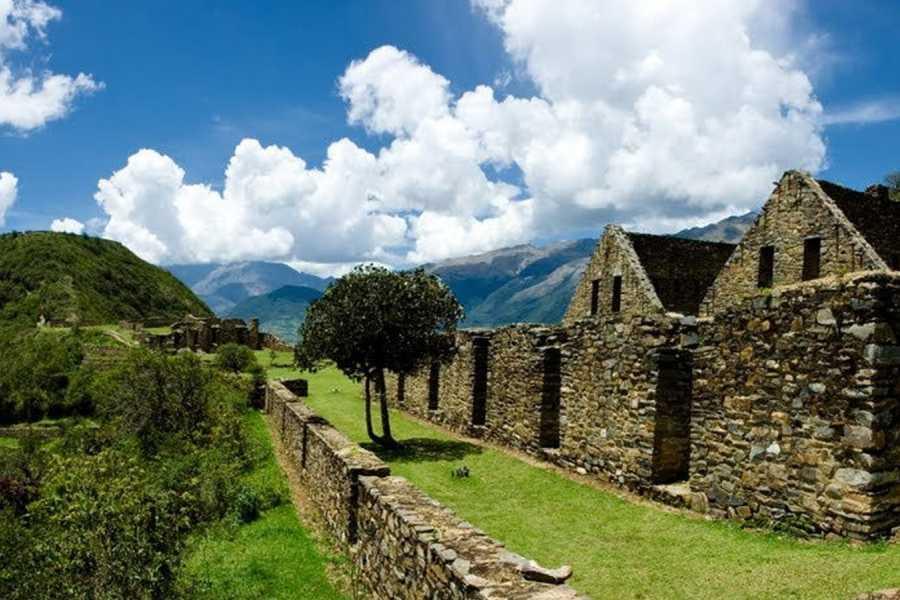 mystic lands peru CHOQUEQUIRAO TREK PREMIUM 5D/4N