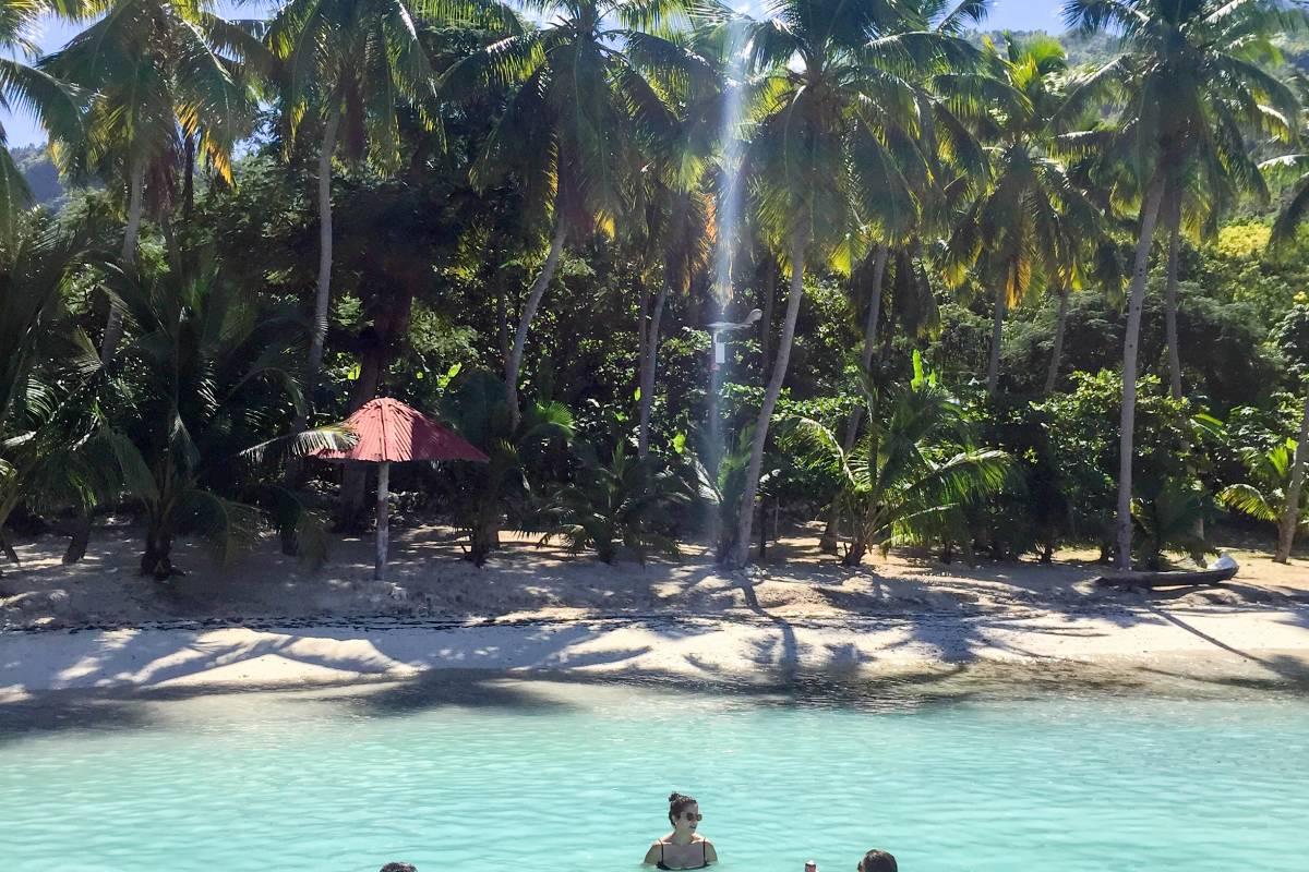 Marina Blue Haiti Excursion en bateau sur la plage de Kokoye