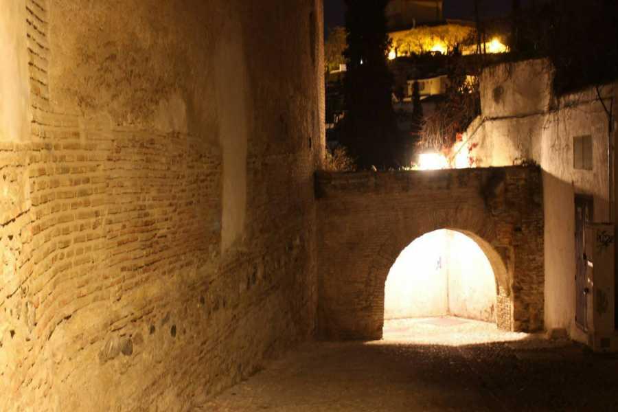 Granada Secreta y Subterránea Ruta Albaicin Oscuro