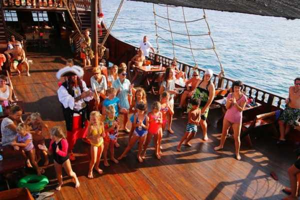 *Admirallica Pirate Boat Sunset Tour - 1 full day