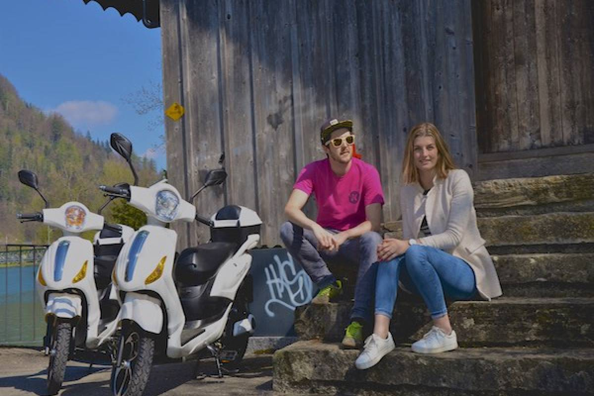 Swiss Paragliding & Adventure GmbH E-Vespino Interlaken Thunersee Tour
