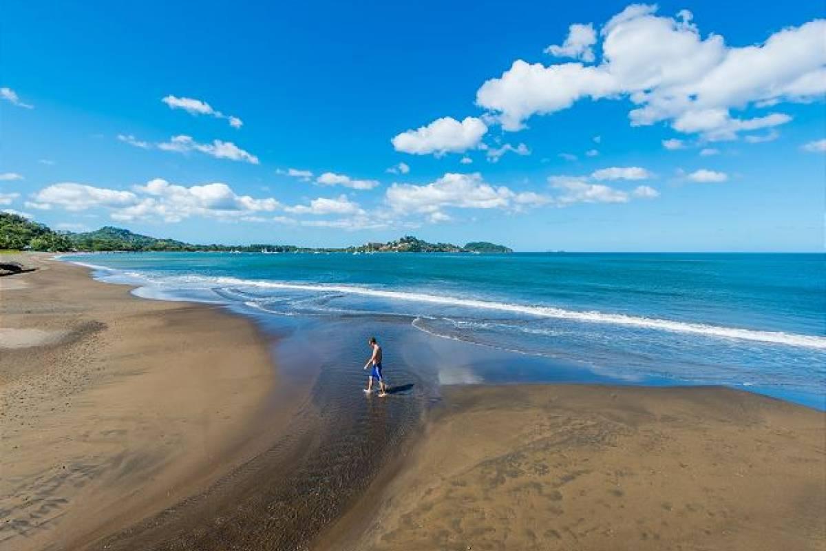 Krain Concierges Pacific Beach #6