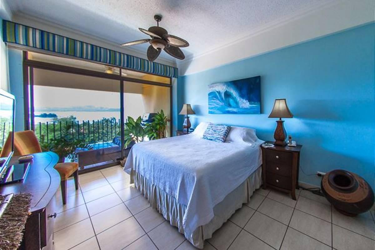 Krain Concierges Presidential Suite #7
