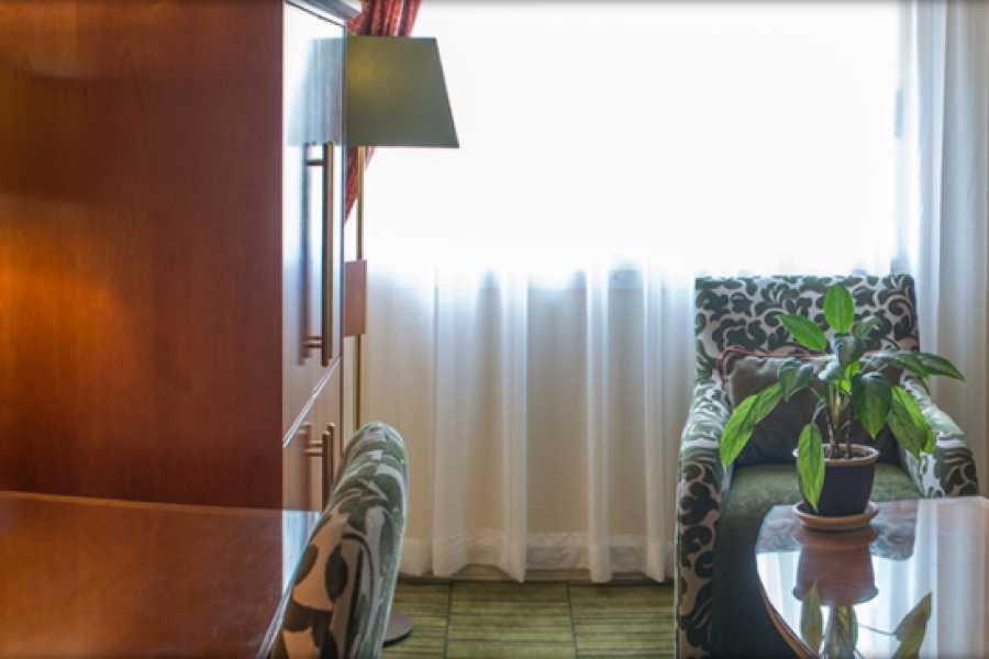 e-Tourism t/a SimplyTravel Grandpalm Hotel Casino & Convention Centre