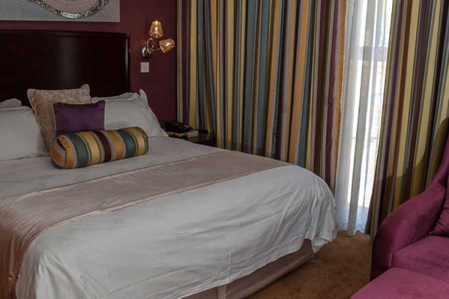 e-Tourism t/a SimplyTravel Tlotlo Hotel