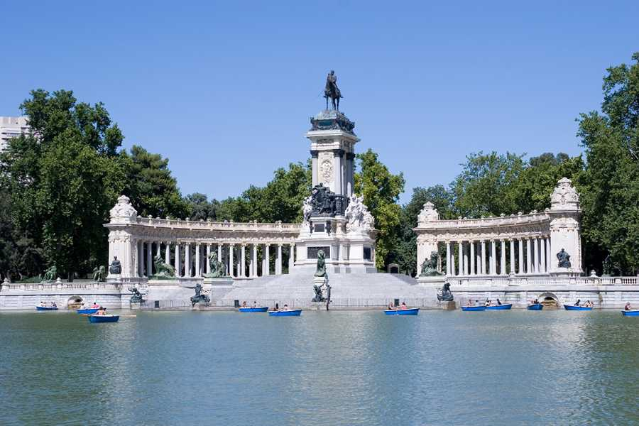 SANDEMANs NEW Europe Majestic Madrid Private Tour