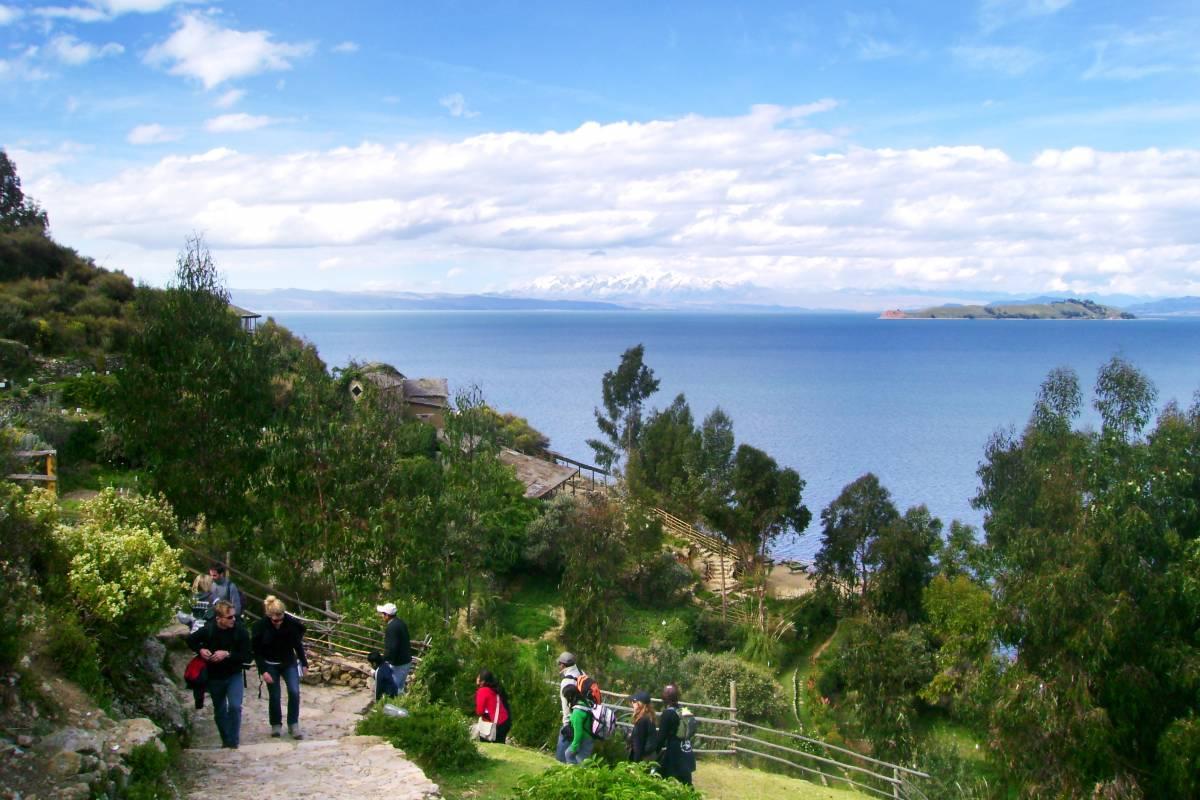 Late Bolivia LAGO TITICACA: COPACABANA E ISLA DEL SOL