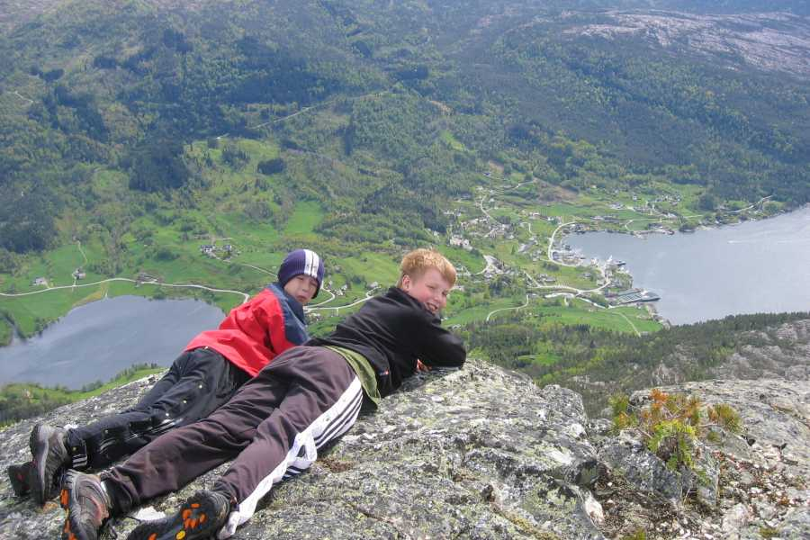 Juklafjord -Jondal Tourist Information 1-Åsleite-Samlen
