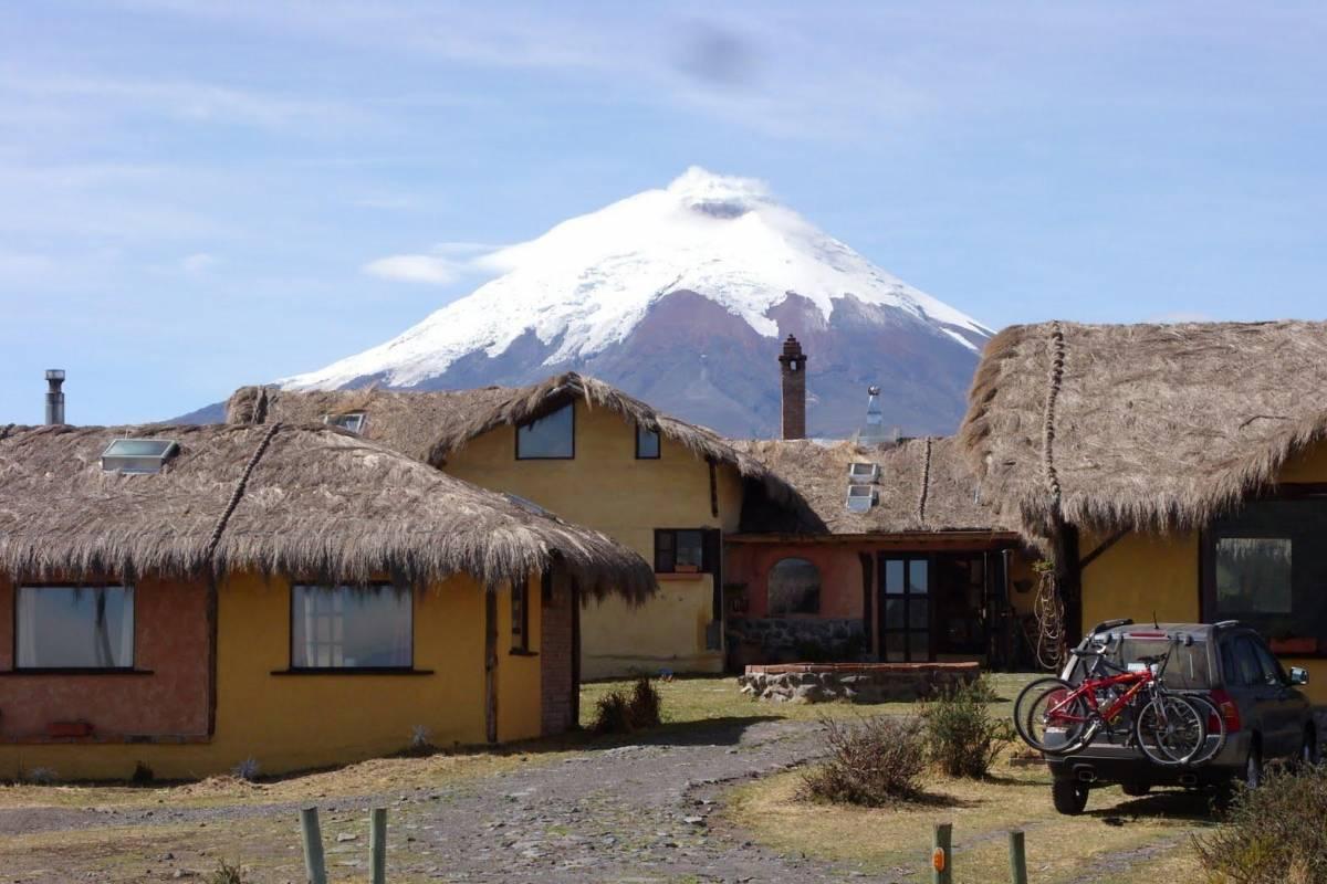 Gray Line Ecuador Excursión 2 Días Parque Nacional Cotopaxi  / Laguna Quilotoa