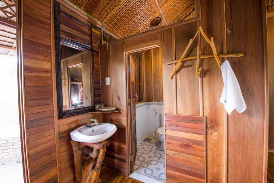 Friends Travel Vietnam Mekong Delta 2D1N Ben Tre - Can Tho - Phong Dien (Private Tour)