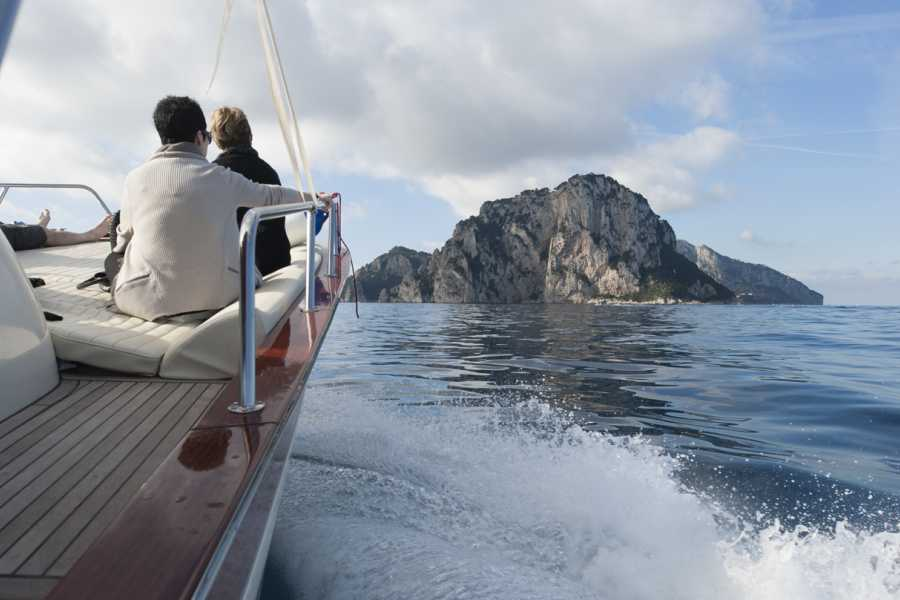 Feeling Italy Concierge Capri Private Boat Trip (7 persons max.)