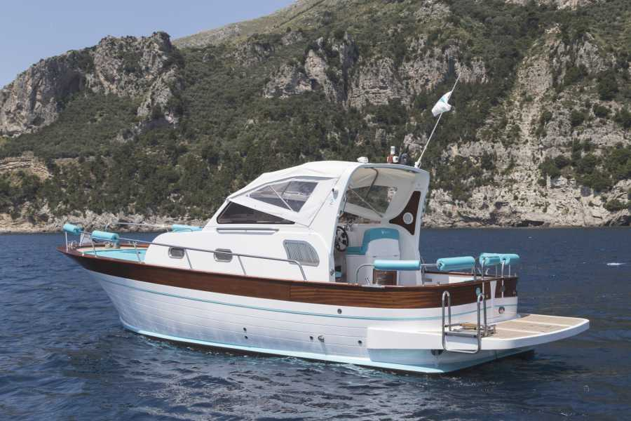 Feeling Italy Concierge Amalfi Coast Private Boat Trip (12 persons max.)