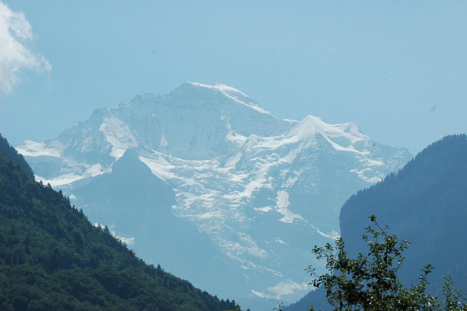 Interlaken Summer Bus2alps