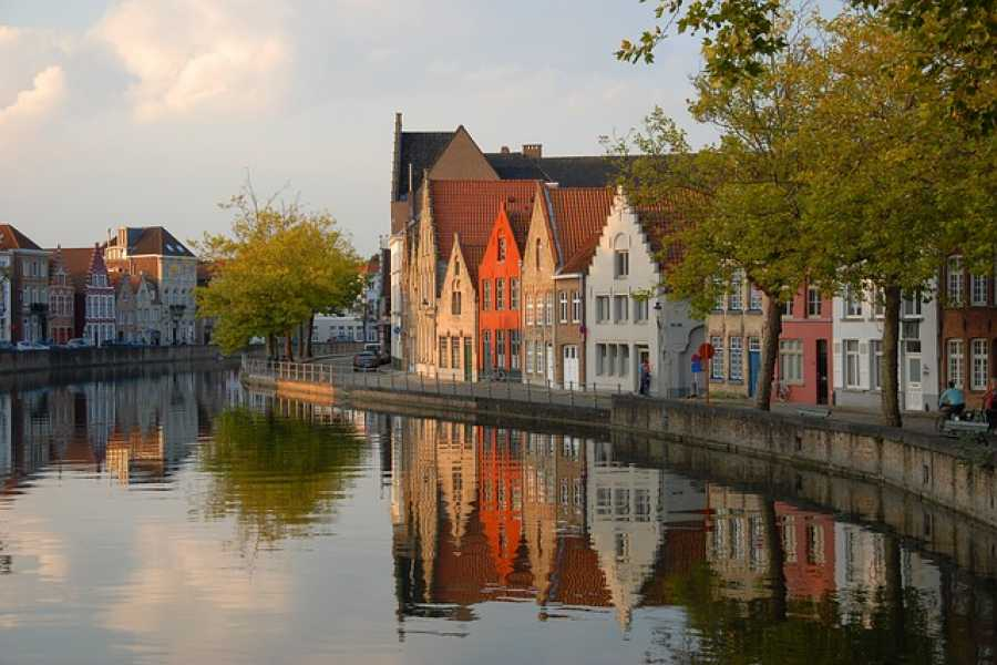 CRUISE EXPRESS Round-trip Shuttle Service from Zeebrugge to Bruges