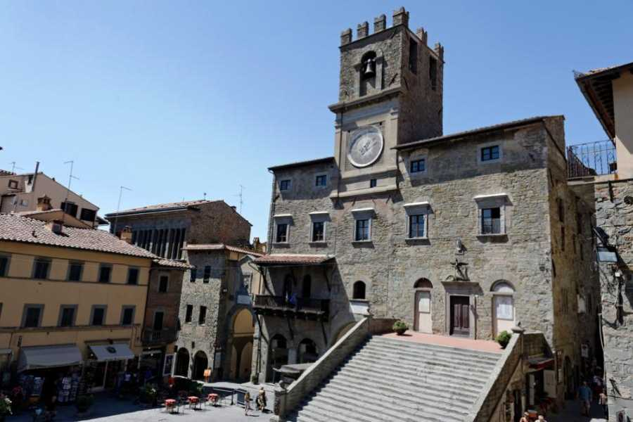 ACCORD Italy Smart Tours & Experiences AREZZO & CORTONA...FILM & FESTIVAL -PRIVATE TOUR BY MINIVAN