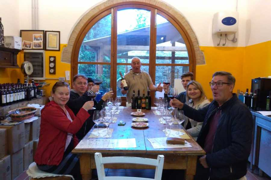 ACCORD Italy Smart Tours & Experiences TOUR ENOGASTRONOMICO DEL CHIANTI - TOUR PRIVATO 4 ORE