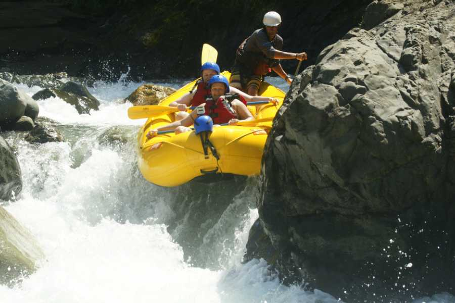 Pura Vida Casas Adventures WHITE WATER RAFTING ¾  Day Tour on the Savegre River