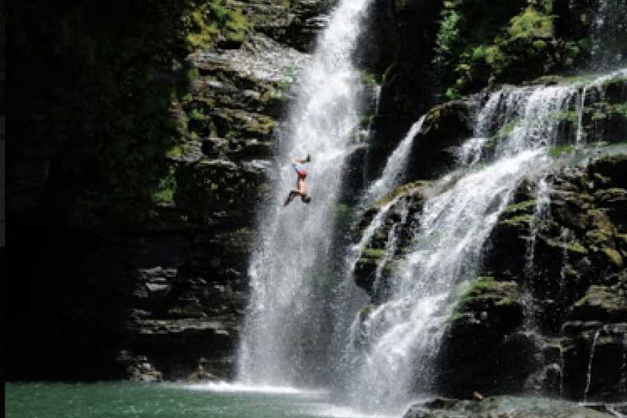 Pura Vida Casas Adventures EXTREME WATERFALL ADVENTURE