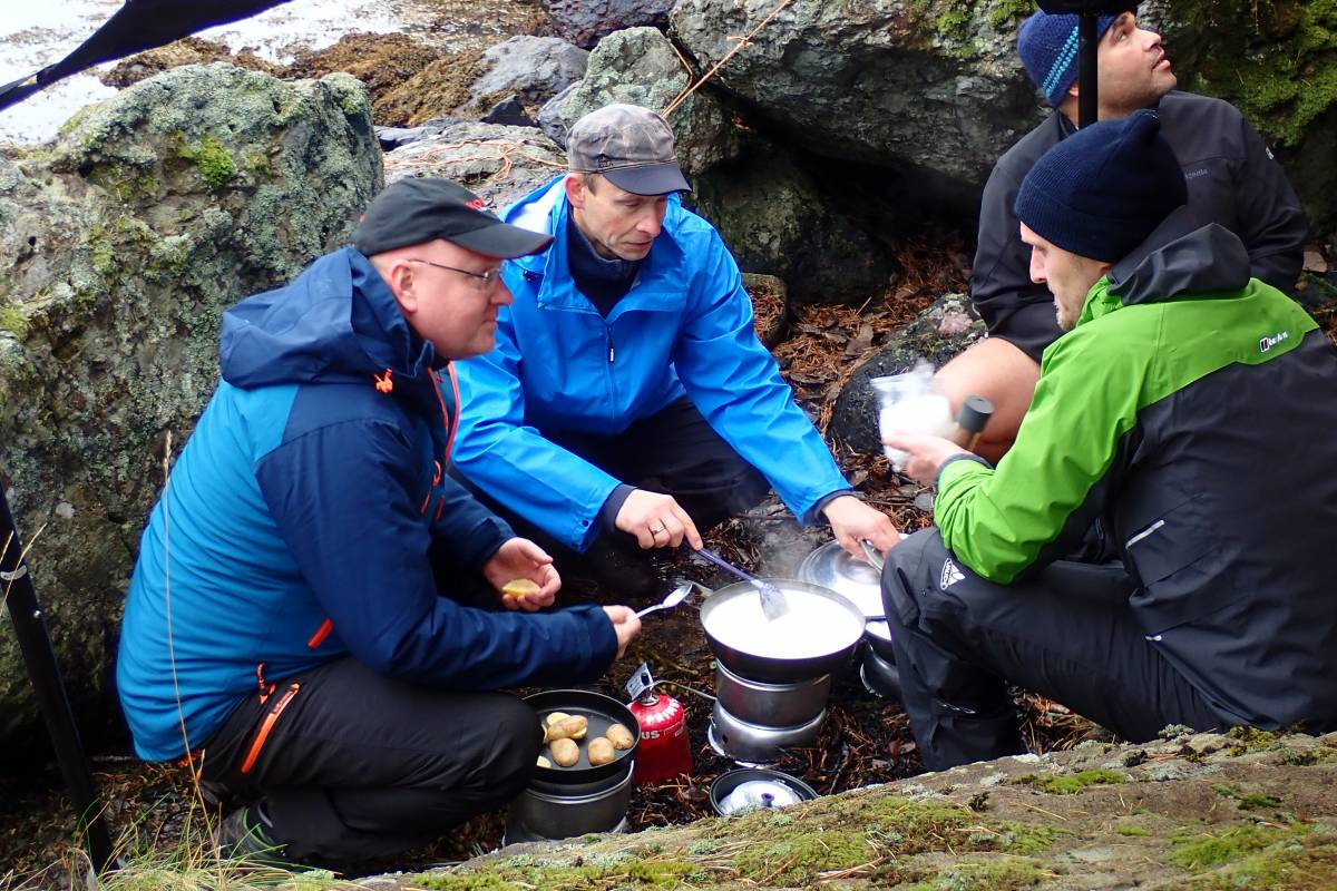 Gone Paddling Outdoor Cooking Course