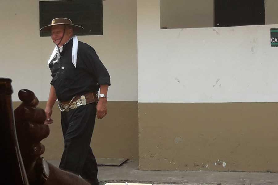www.buenosairestouring.com GAUCHO FAIR