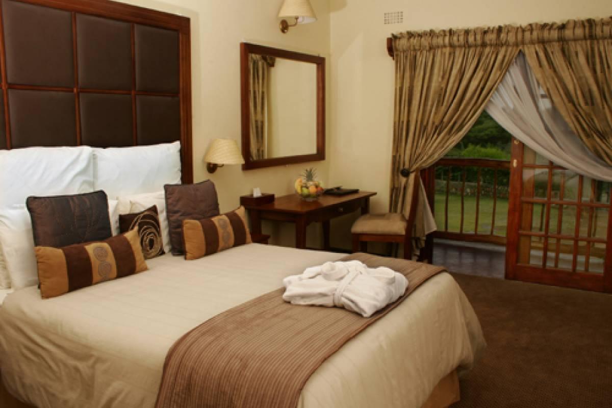 e-Tourism t/a SimplyTravel Tati River Lodge