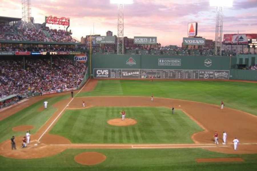 Dream Vacation Tours MLB - Toronto Blue Jays vs Boston Red Sox (2 games)