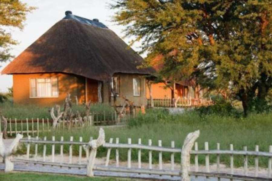 e-Tourism t/a SimplyTravel Grassland Bushman Lodge