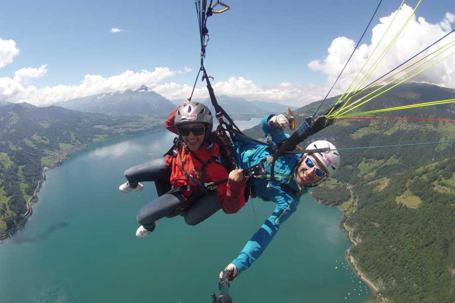 Paragliding Interlaken GmbH Wake and Fly  Вейк и параплан