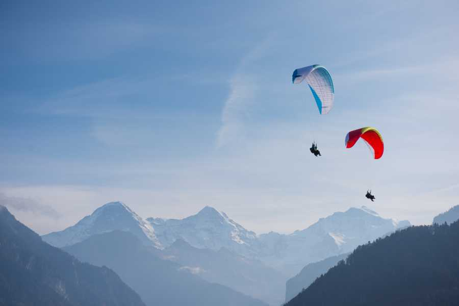 Paragliding Interlaken GmbH Wake and Fly 滑水与飞行