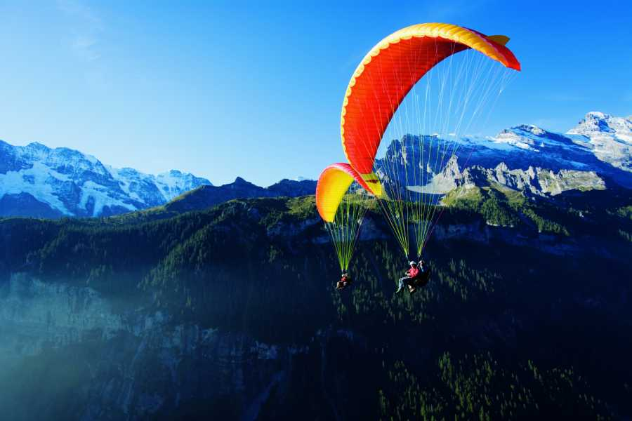 Paragliding Interlaken GmbH Lake and Fly  На воде и в воздухе