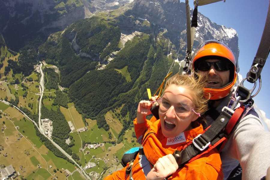 tandem-flights Helicopter Tandem Skydive Eiger