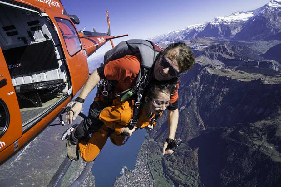 tandem-flights Helikopter Tandem Skydive Interlaken