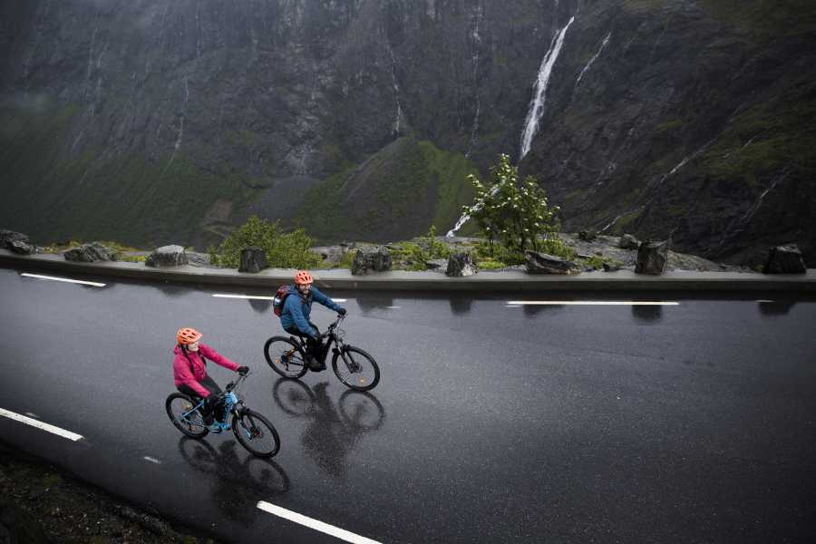 Hotel Aak E-bike tour in Åndalsnes