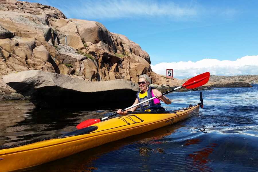 Outdoor West Kayak: Sea food à la granite (Family tour)