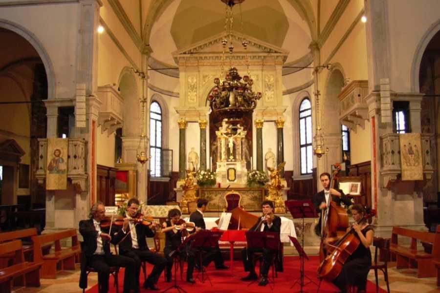 Venice Tours srl VIVALDI & MOZART IN ST. MARK'S SQUARE