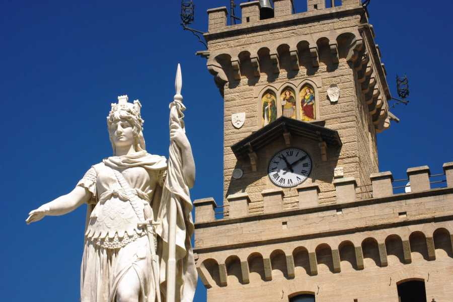 Italy on a Budget tours RIMINI & SAN MARINO - Beach & Party tour