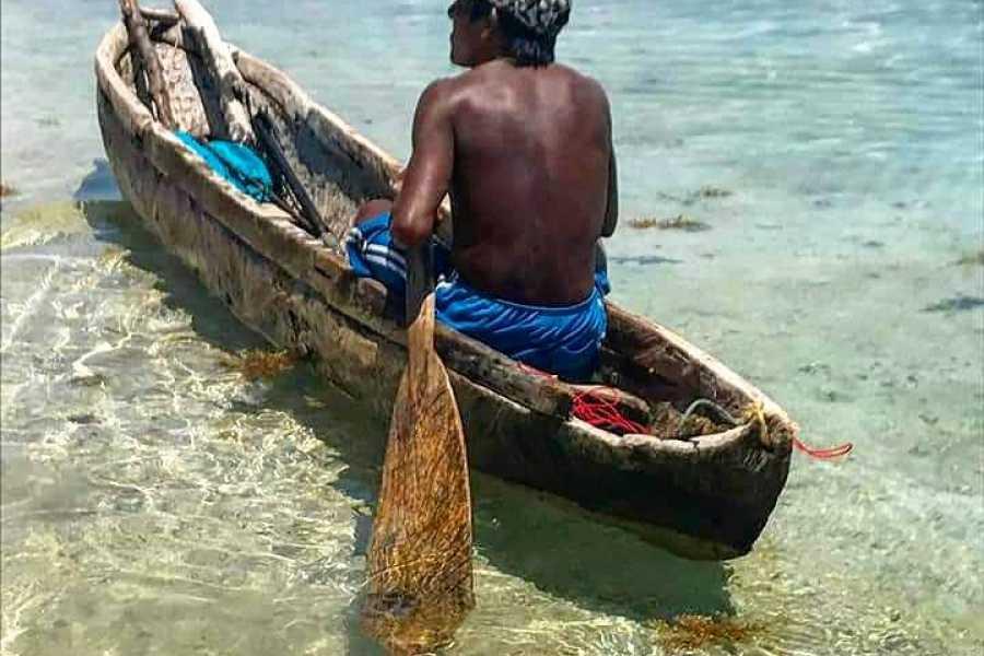 Cacique Cruiser BOAT TO PANAMA - San Blas Adventures motor boat