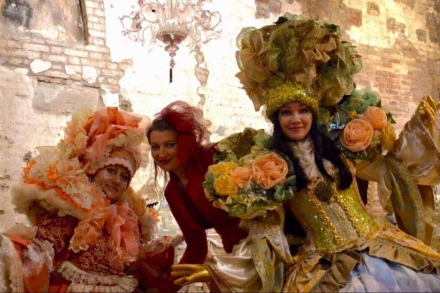 Venice Tours srl THE GLASS SLIPPERS CARNIVAL MASQUERADE BALL