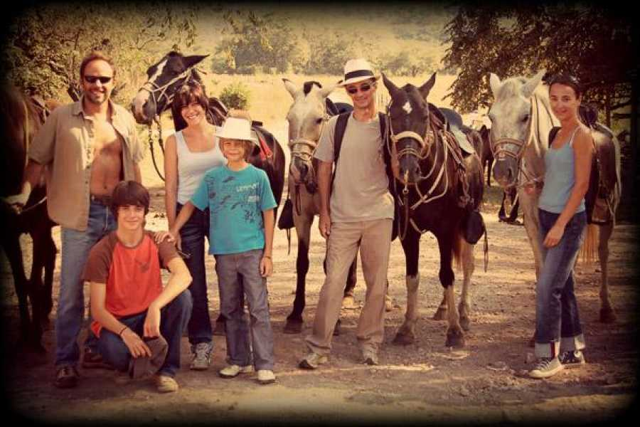 Black stallion ranch Ride & Gourmet BBQ combo