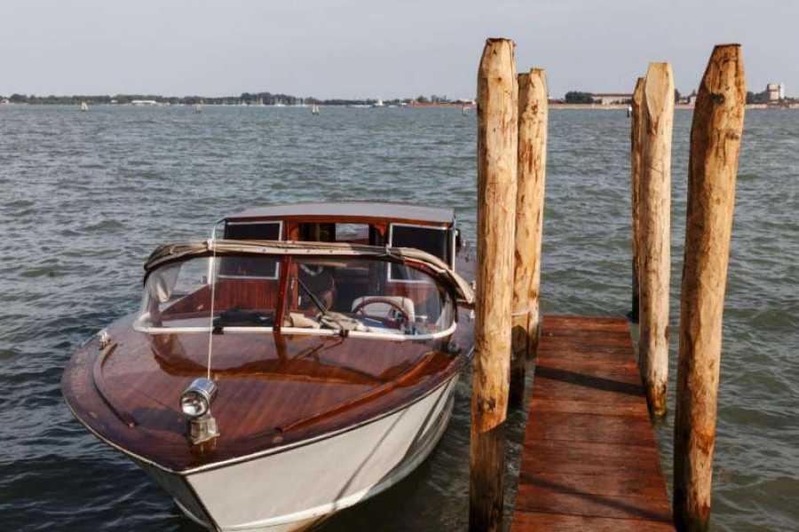 Venice Tours srl Transporte privado- Desde la estación de tren o Piazzale Roma hasta las islas