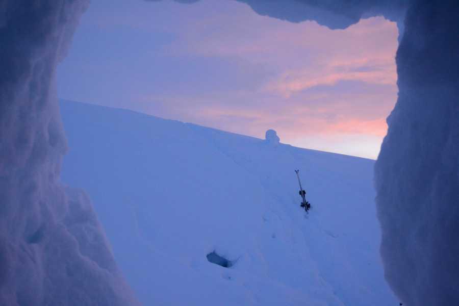 Øystein Ormåsen One night in a snow cave