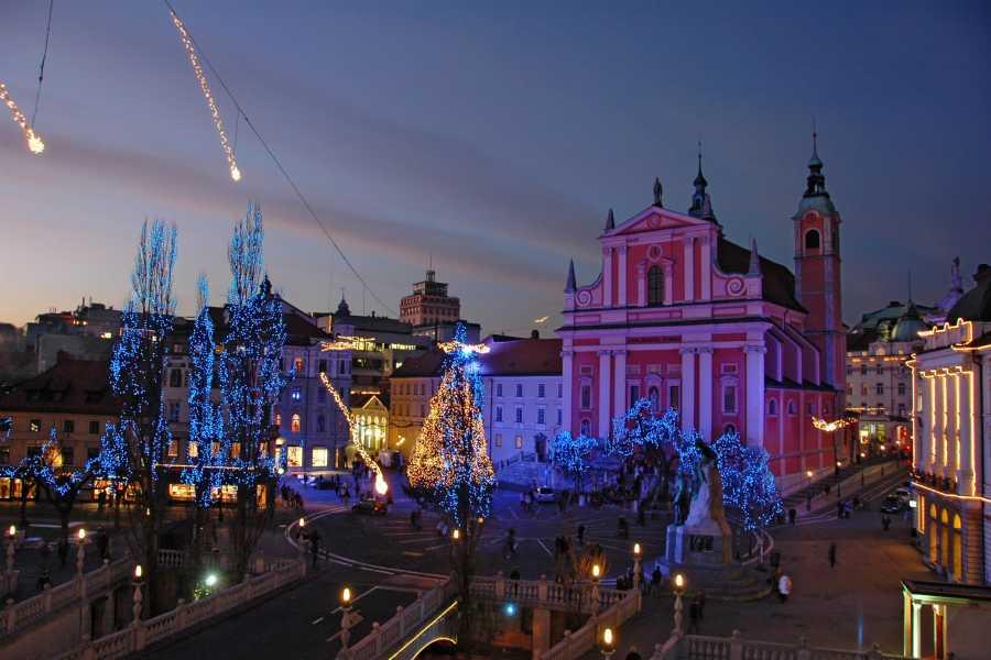 ToDoInSlovenia, brand of Kompas d.d. LJUBLJANA BY NIGHT - WALKING TOUR AND BOAT RIDE
