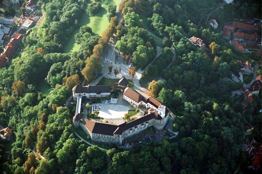 ToDoInSlovenia, brand of Kompas d.d. Ljubljana walking tour - historical city centre and Ljubljana castle