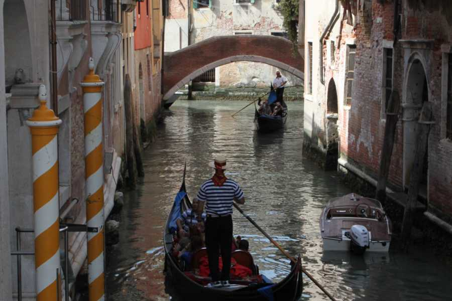 Venice Tours srl Romántica góndola de San Valentino