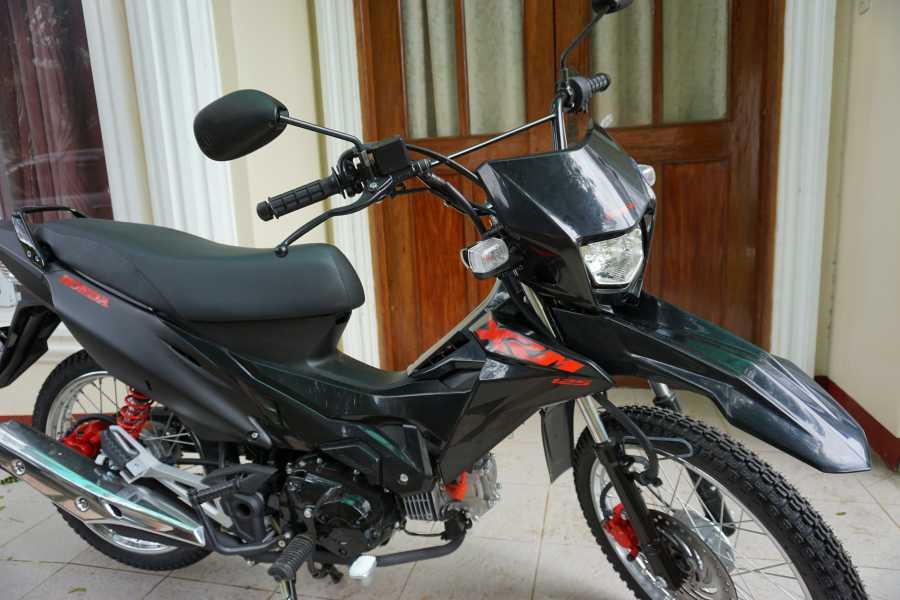 WORLD HOLIDAY TRAVEL AND TOURS MOTORBIKE RENTAL - HONDA XRM