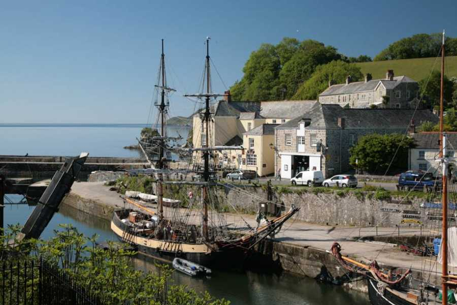Oates Travel St Ives FOWEY AND CHARLESTOWN, MONDAY 2ND APRIL