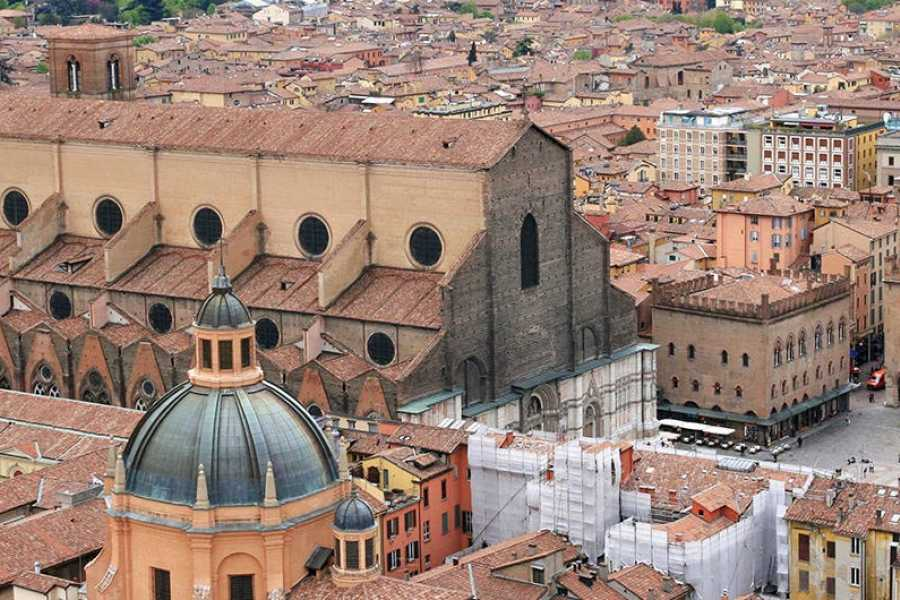 "ACCORD Italy Smart Tours & Experiences TOUR ""FICO"" AND BOLOGNA"