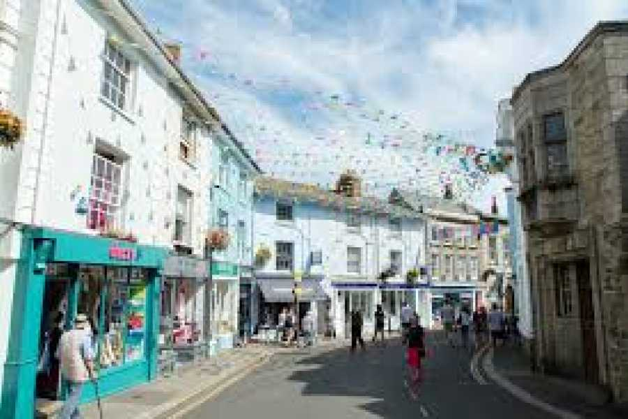 Oates Travel St Ives FALMOUTH DAY TRIPPER, TUESDAY 24TH APRIL