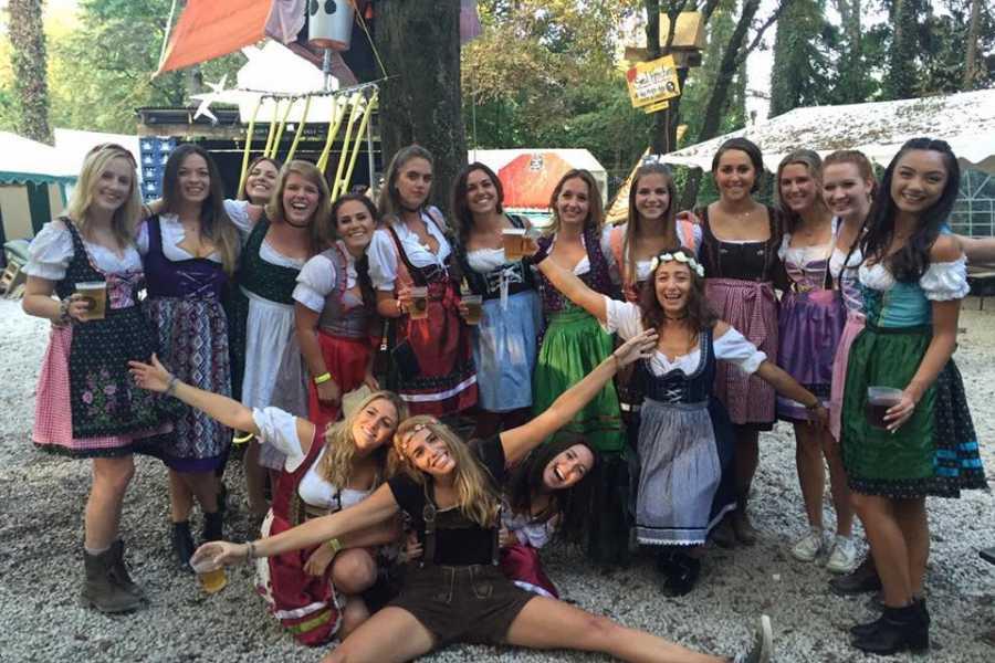 Bus2Alps AG Rome 2 Camping Oktoberfest